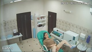 Spying for ladies down the gynaecologist rendezvous via hidden cam