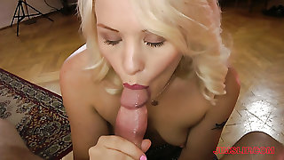 Green eyed beautiful hottie Lola Taylor gets pounded doggy at once