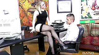 Sassy and young mart hottie working roughly the office pleasures her boss