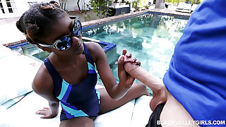 Alluring ebony synthesize girl Daizy Cooper lures white stud for some pleasurable fuck
